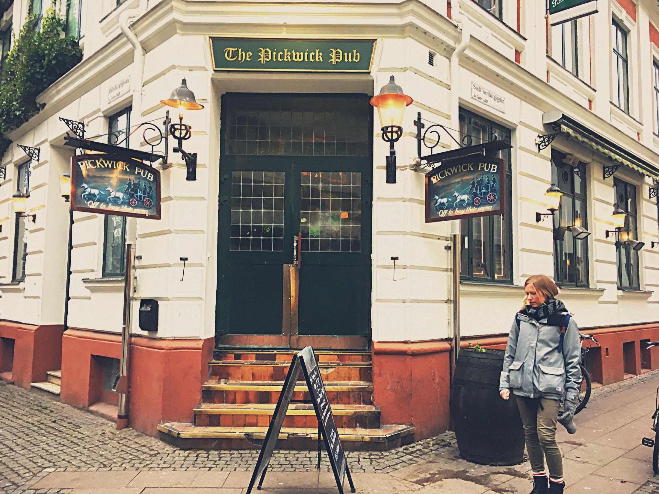 Pickwick pub