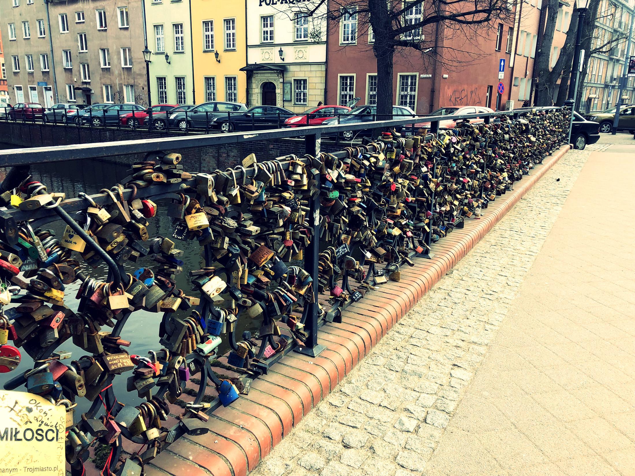 Most Miłości