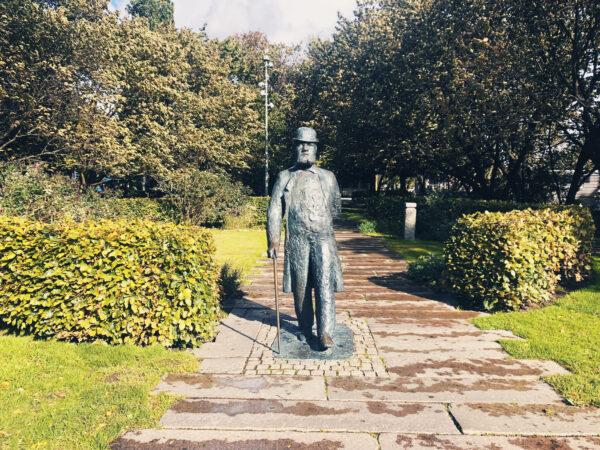 Charles Felix Lindbergs Staty