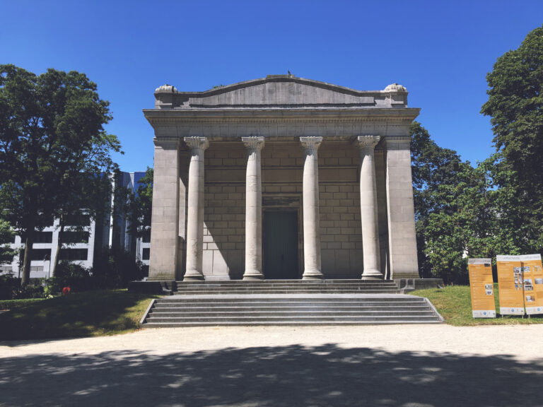Horta-Lambeaux Pavilion