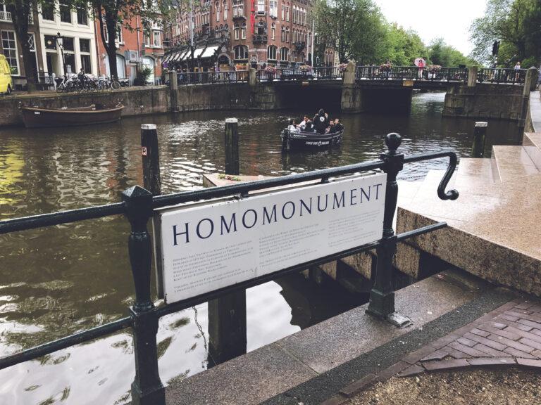 Homomonument