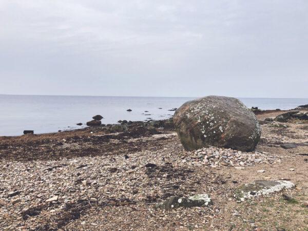St Toras sten