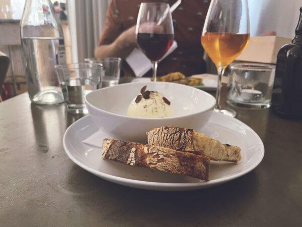 Love Coffee Clemenstorget & winebar