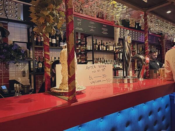 Stage Bar & Kök
